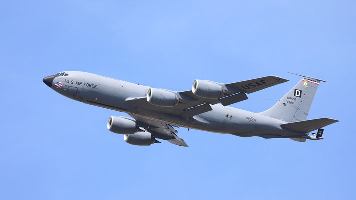 61-0299  USAF KC-135