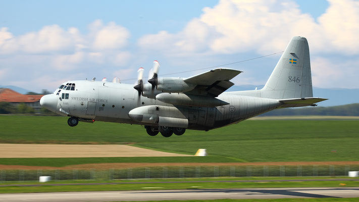 Swedish Air Force Lockheed C-130H (Tp84) 84006 - 846