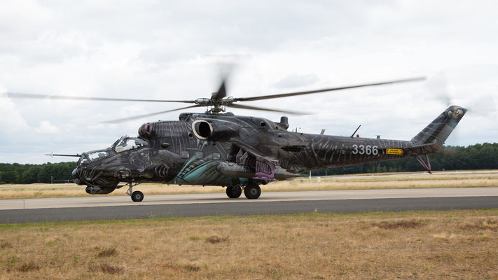 Czech Air Force 3366  Mil-MI35 Hind AlienTiger