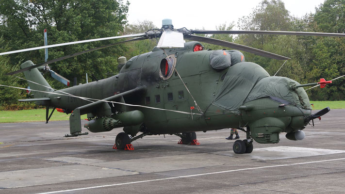 Polish Air Force Mi-24V  Hind  739 56.BLT