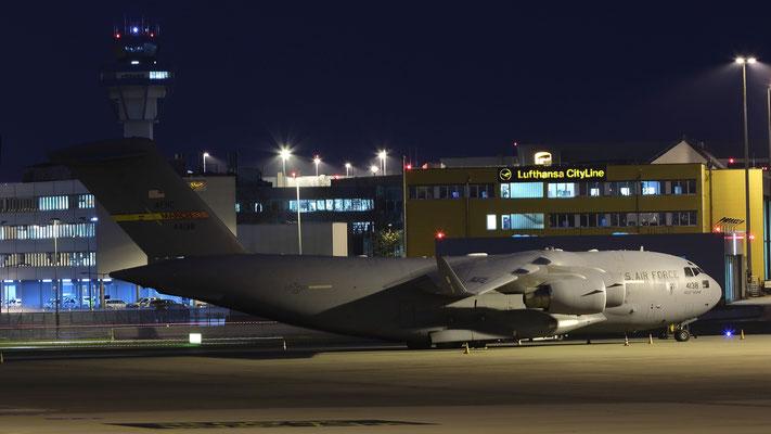 04-4138 US Air Force Boeing C-17A Globemaster III