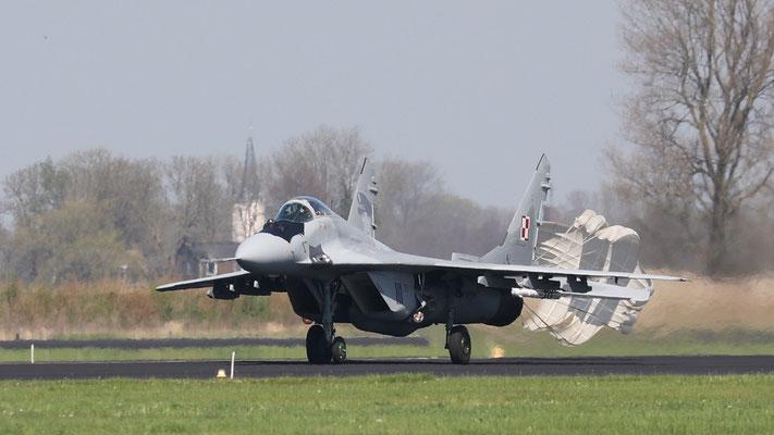 Polish Airforce MIG-29A 111 23Blt1.elt