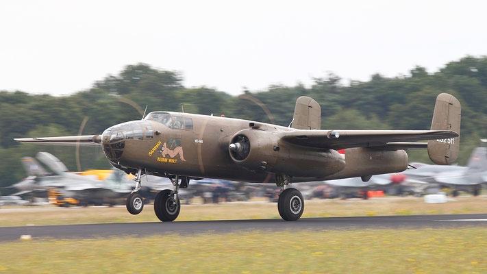 North American B-25 Mitchell zweimotoriger Mittlerer Bomber des US-amerikanischen Herstellers North American Aviation. Erstflug 1940