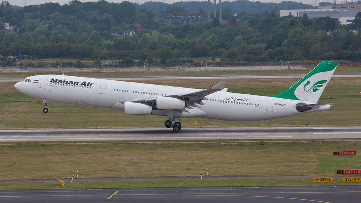 EP-MMD Mahan Air A340-300