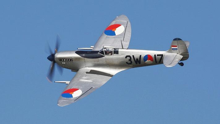 Supermarine Spitfire LF Mk IXb produziert 1942 Britisches Jagdflugzeug