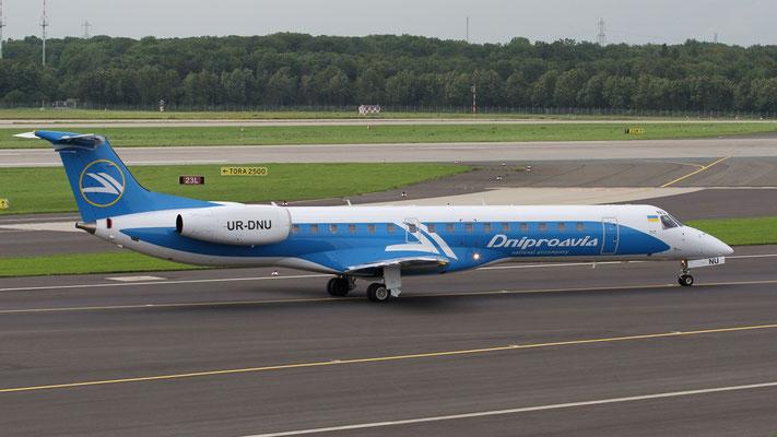 UR-DNU  Embraer ERJ-145LR Dniproavia