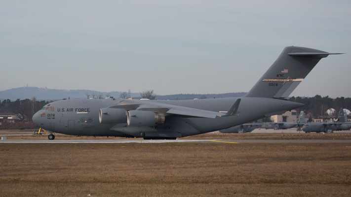 00-0178  Boeing C-17A Globemaster III