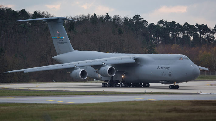 85-0008 - Lockheed C-5M Super Galaxy - United States - US Air