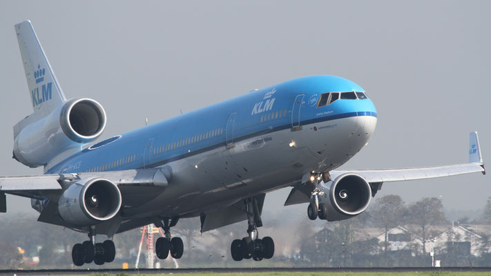 PH-KCE KLM Royal Dutch Airlines McDonnell Douglas MD-11