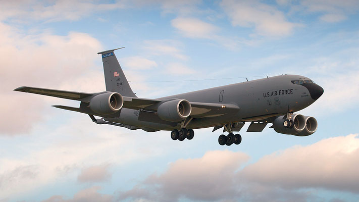 60-0316 (cn 18091) US Air Force Boeing KC-135R Stratotanker 151. ARW