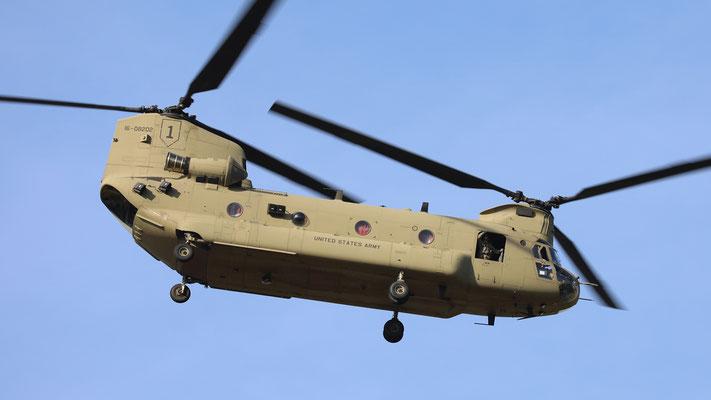 USArmy 1st CAB  CH-47F 16-08202