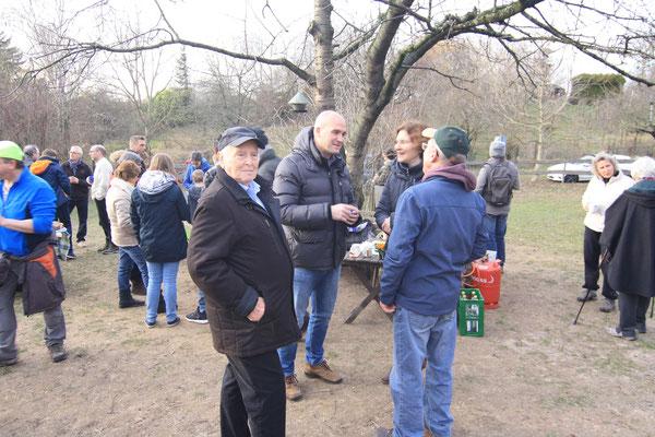 Wir organisieren Gespräche zwischen Bürgern und Verwaltung  (BUND Dossenheim)