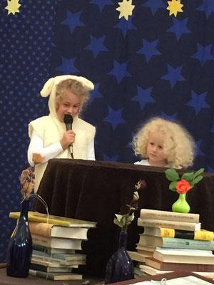 Der kleine Prinz und die Sterne Hildburghausen Uraufführung Schaf und Schäfchenwolke