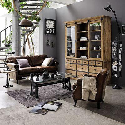 Décoration industrielle, salon inspiration club en cuir vieilli