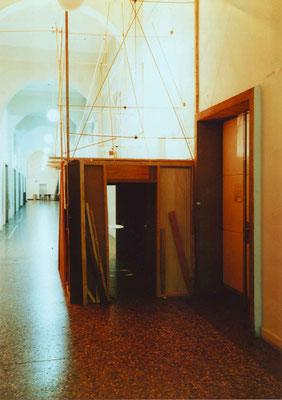 """""""Die Schnecke im Raum"""", Kunstakademie Düsseldrof, 1998"""