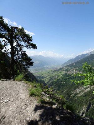 Wanderweg Torrent Neuf - Aussicht ins Rhonetal