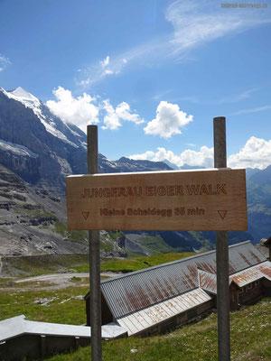 Vom Alp Eigergletscher via Jungfrau Eiger Walk in Richtung Kleine Scheidegg
