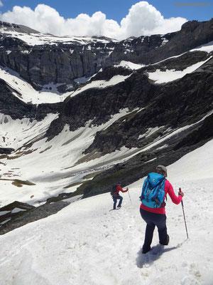 Steiler Abstieg vom Mittaghorn