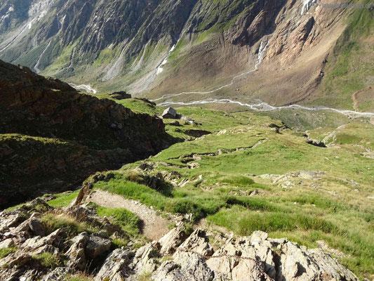 Steiler Weg zur Chelenalphütte