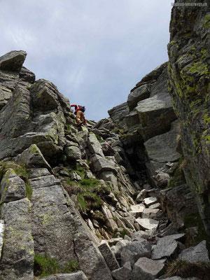 Aufstieg auf Cima dell Uomo mit kurzen einfachen Klettereien