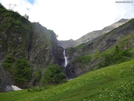 Tschinglenbach mit Wasserfall