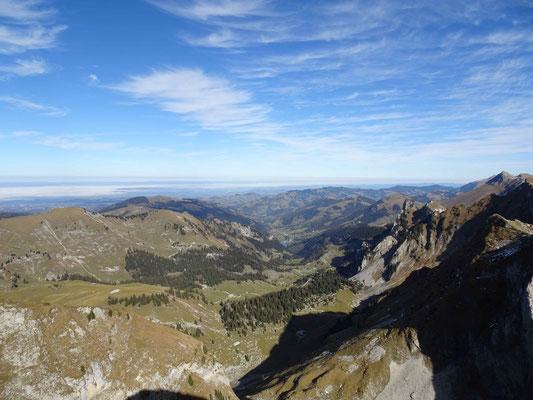 Blick vom Schopfenspitz in Richtung Schwarzsee