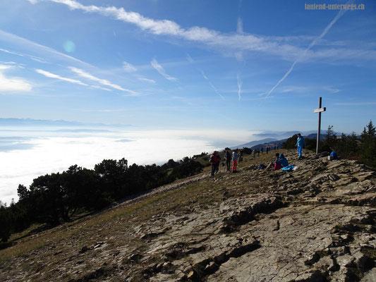 Hasenmatt mit Gipfelkreuz
