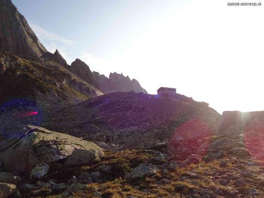 Bergseehütte bei Morgendämmerung