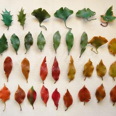 葉っぱブローチS