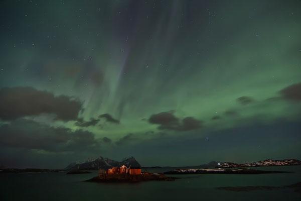 Polarlicht über Svolvær