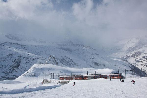Mit der Gornergrat-Bahn auf den Gipfel