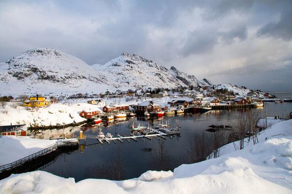 Im Hafen von Sørvagen