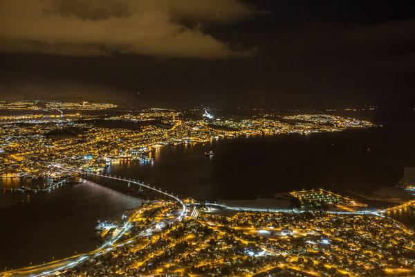 Blick vom Fjellheisen auf Tromsø