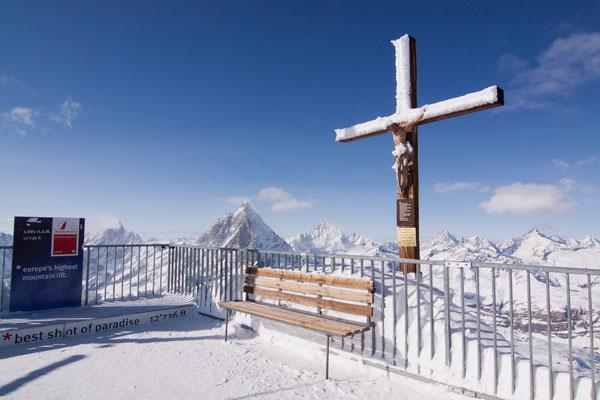 3.883 m ü.N.N. mit der höchsten Seilbahn Europas