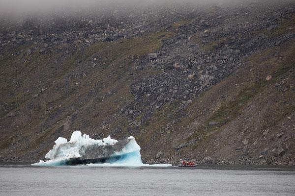 Ein Bootsausflug in den Nuuk-Fjord