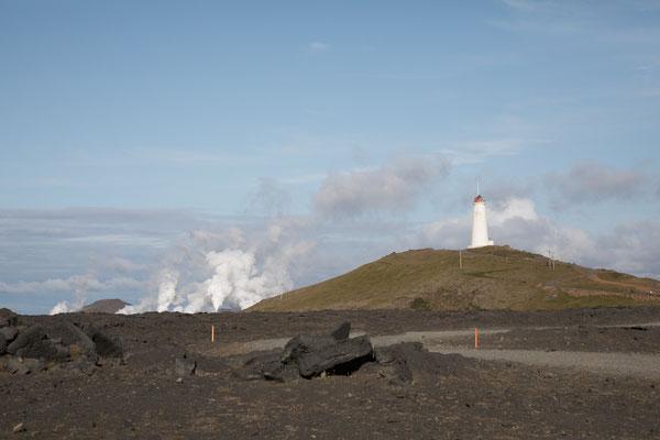 Am Leuchtturm von Reykjanes