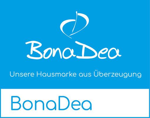 Bonadea Produkte, die Hausmarke von den Apodro Apotheken Drogerien finden Sie in Rüti, Wald bei Zürich, Liechtenstein in Vaduz oder Sevelen. Fragen Sie in Bubikon oder Greifensee nach Körperlotion, Duschgel oder Nahrungsergänzung von Bonadea.