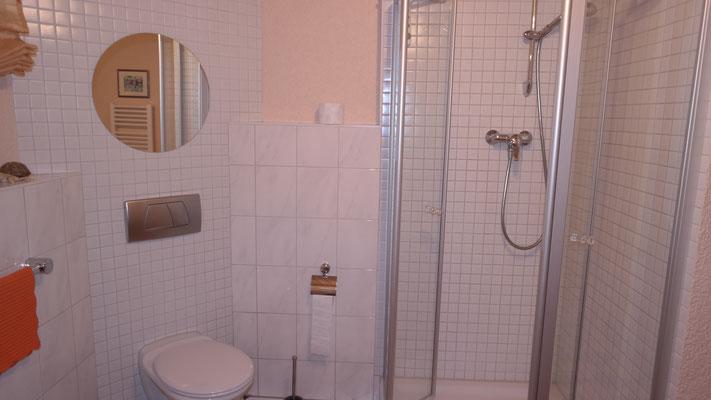 ferienwohnung r ttenbach modern living ihr neues zuhause auf zeit ab 18. Black Bedroom Furniture Sets. Home Design Ideas
