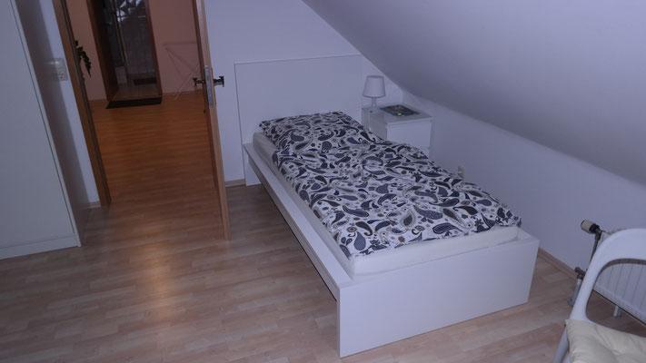 komfortwohnung r ttenbach modern living ihr neues zuhause auf zeit ab 18. Black Bedroom Furniture Sets. Home Design Ideas