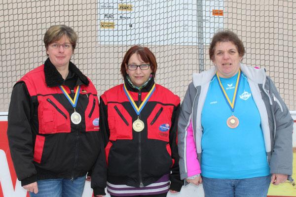 Damen: 2. Regina Hochstöger, 1. Anita Wagner, 3. Helga Kerschbaum