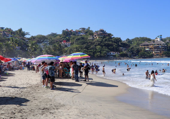 Sayulita Beach full right to the water, if it wasn't for that I would have gone for a surf session