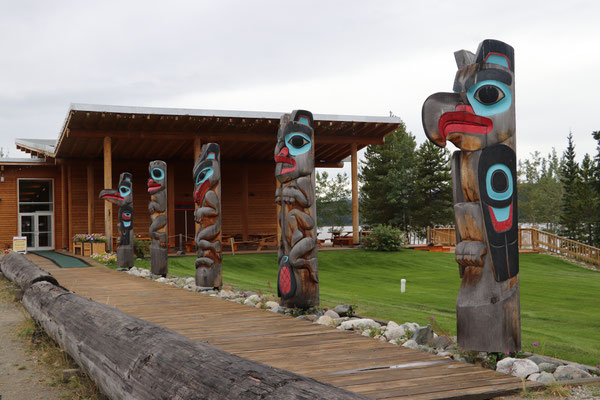 Totempfahl Tlingit First Nation Teslin
