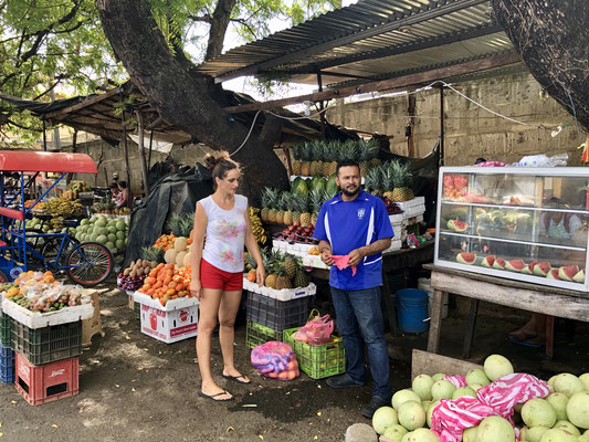 We left Las Penitas towards Managua and bought some fruit and vegetables on the way