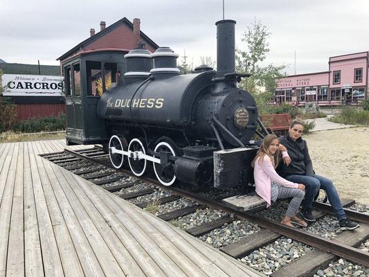 Vor hundert Jahren fuhr eine Lokomotive von hier nach Skagway, Alaska