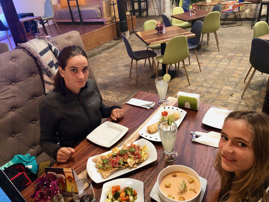 On our last evening in San Cristobal we went for diner in town and enjoyed a really good meal