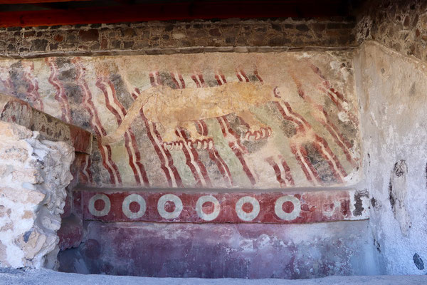 ..an ancient painting of a jaguar...god knows how this could have survive so many years to be seen by our eyes today