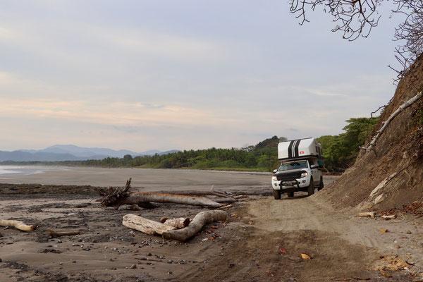 ..a few kilometres at low tide down the beach to Santa Theresa