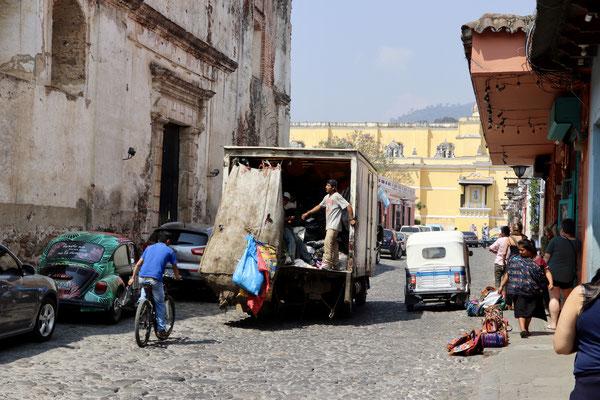 Antigua garbage truck