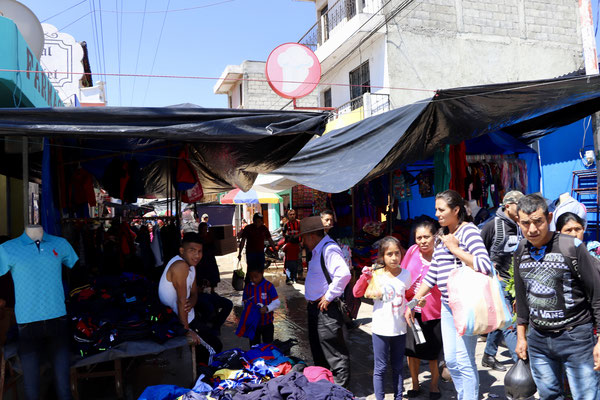 A market in one of the towns we drove through..