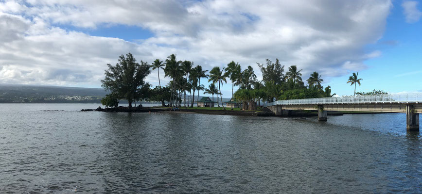 Half Island in the Bay of Hilo
